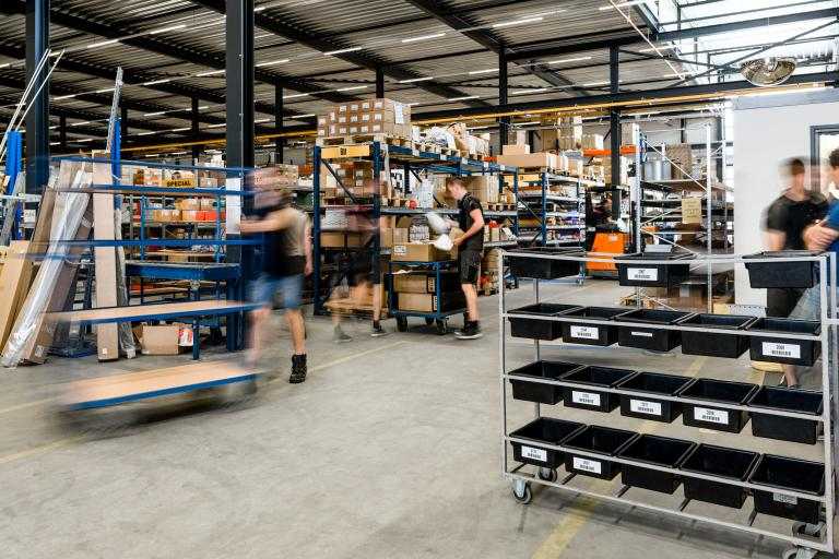 Header logistiek